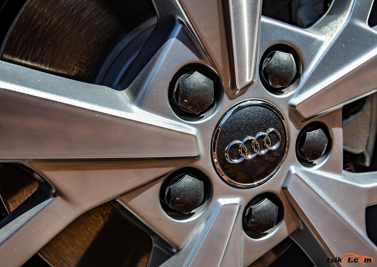 Audi Q3 2018 - 6