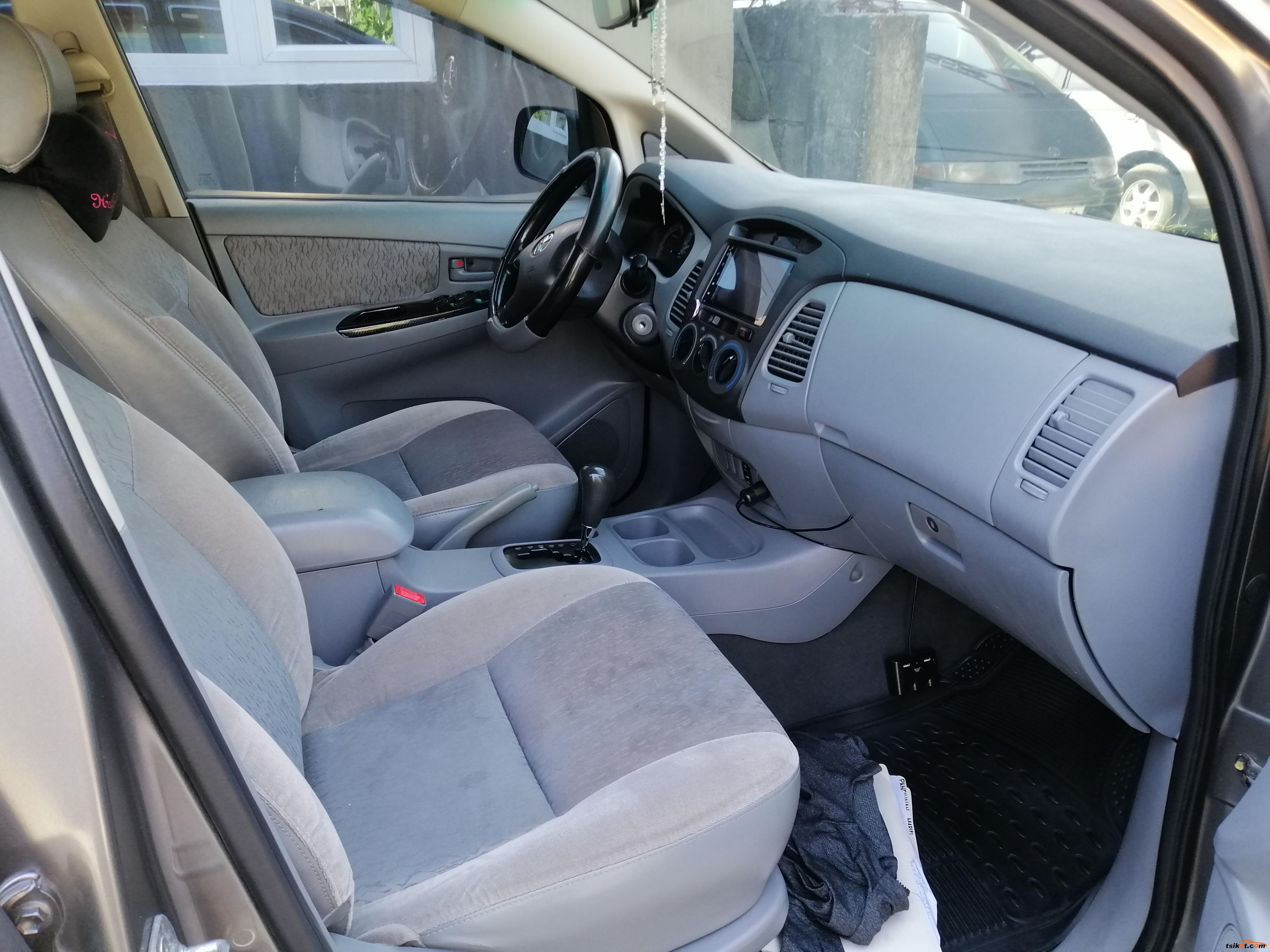 Toyota Innova 2007 - 6