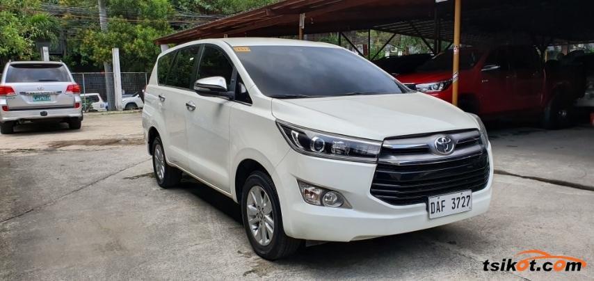 Toyota Innova 2017 - 2