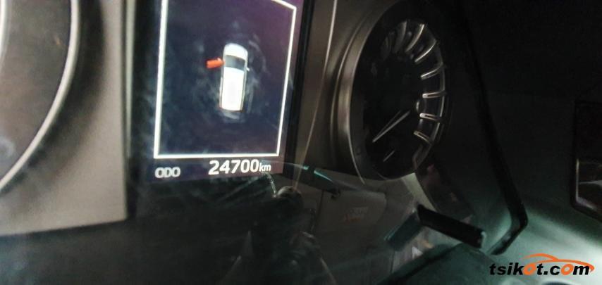 Toyota Innova 2017 - 7