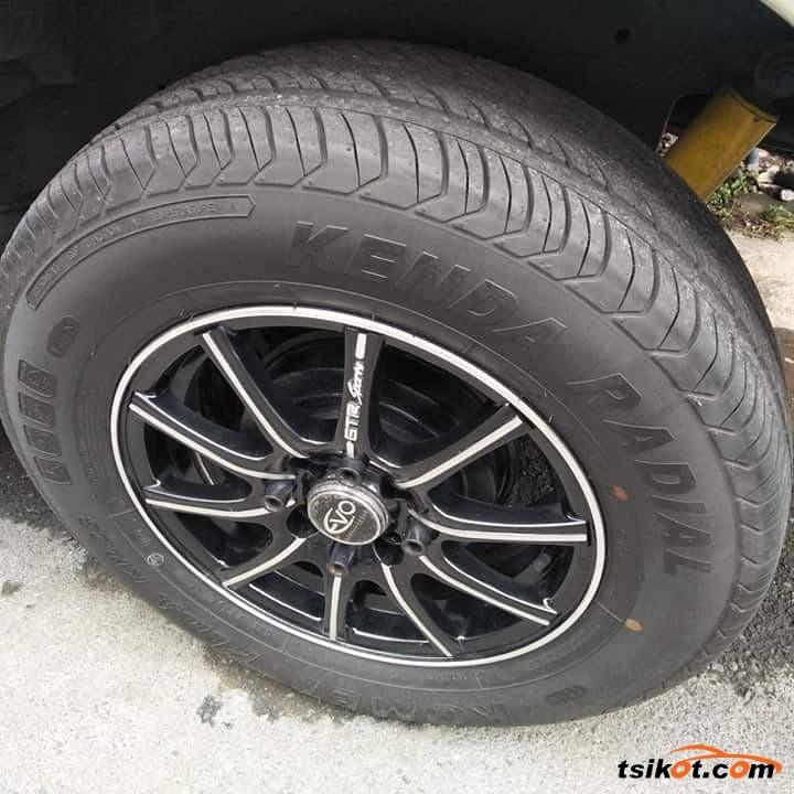 Toyota Avanza 2013 - 5