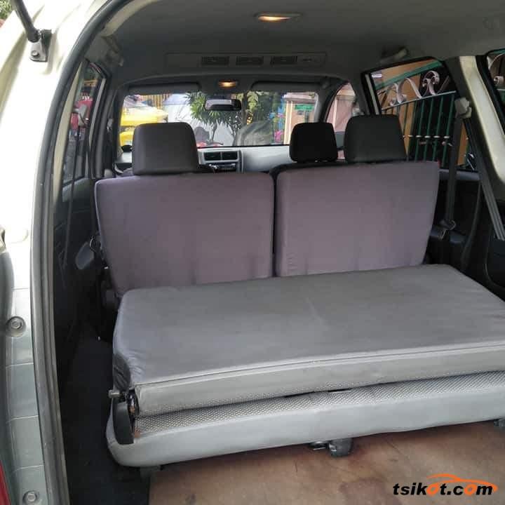 Toyota Avanza 2013 - 7