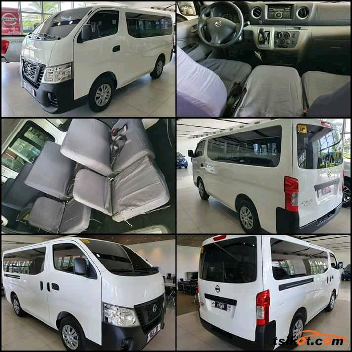 Nissan Urvan 2017 - 1