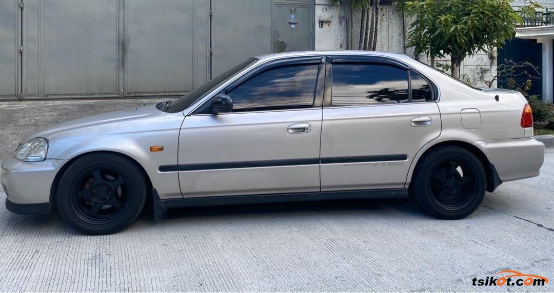 Honda Civic 2000 - 9