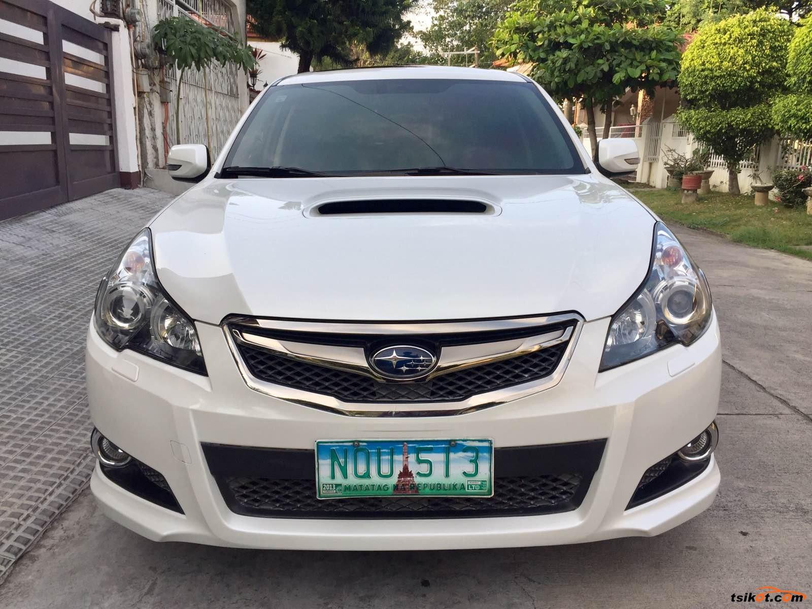 Subaru Legacy 2010 - 1