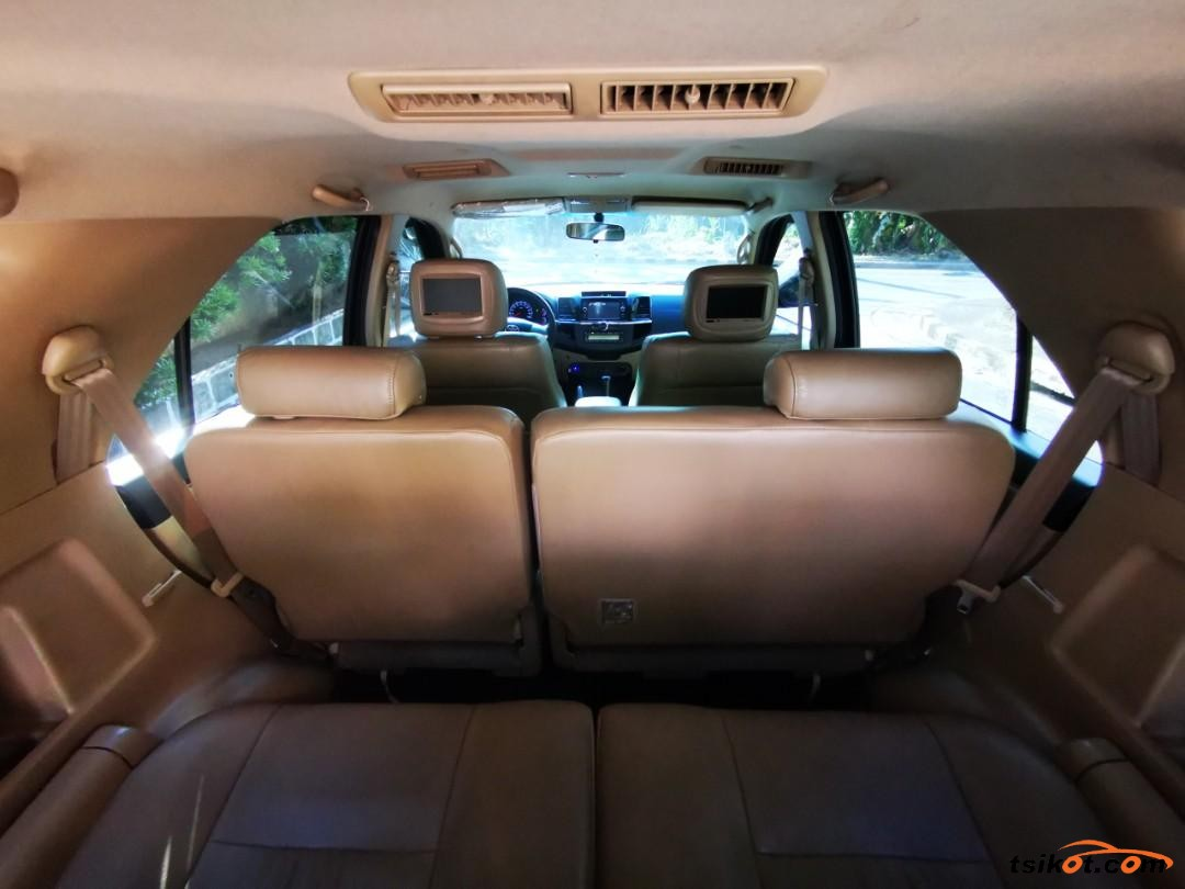 Toyota Fortuner 2014 - 5