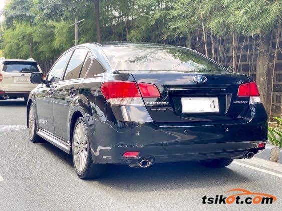 Subaru Legacy 2011 - 10