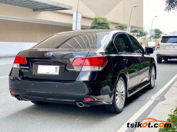 Subaru Legacy 2011 - 8