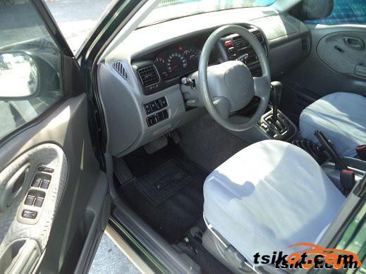 Suzuki Grand Vitara 2000 - 3