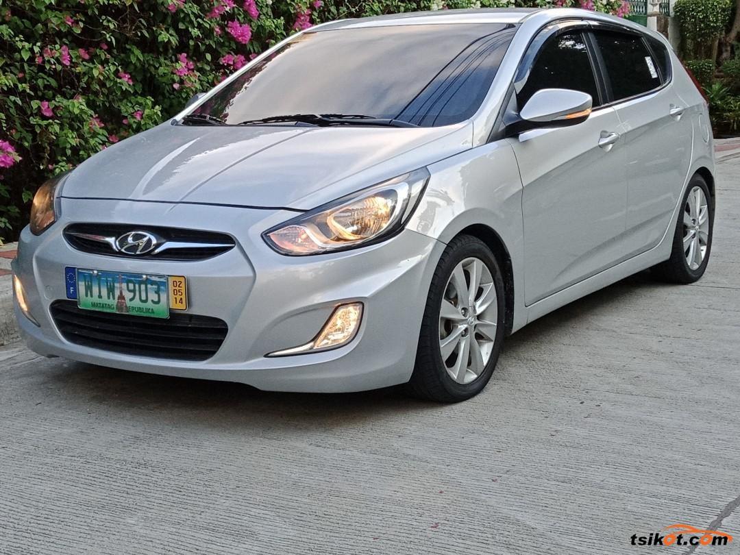 Hyundai Accent 2013 - 1