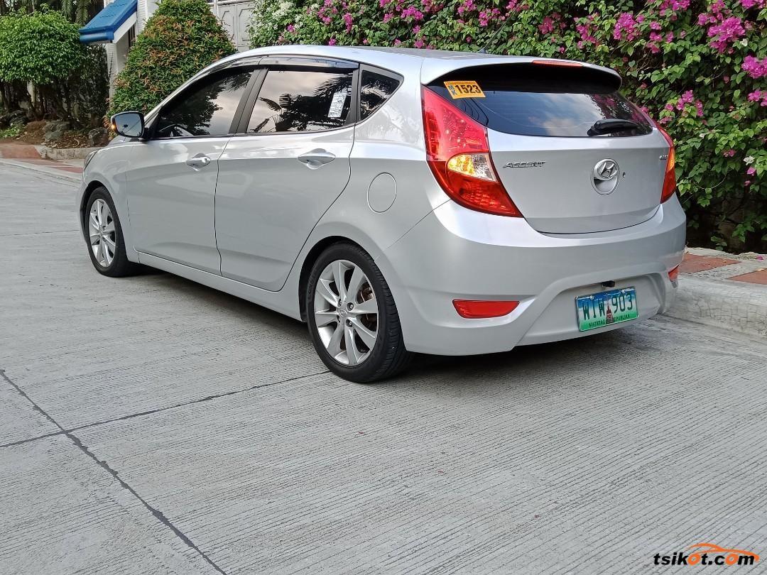 Hyundai Accent 2013 - 6
