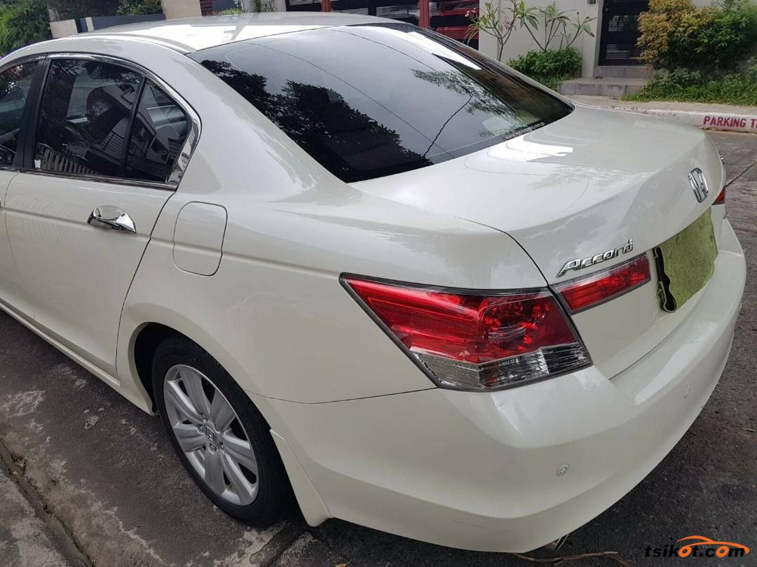 Honda Accord 2009 - 5