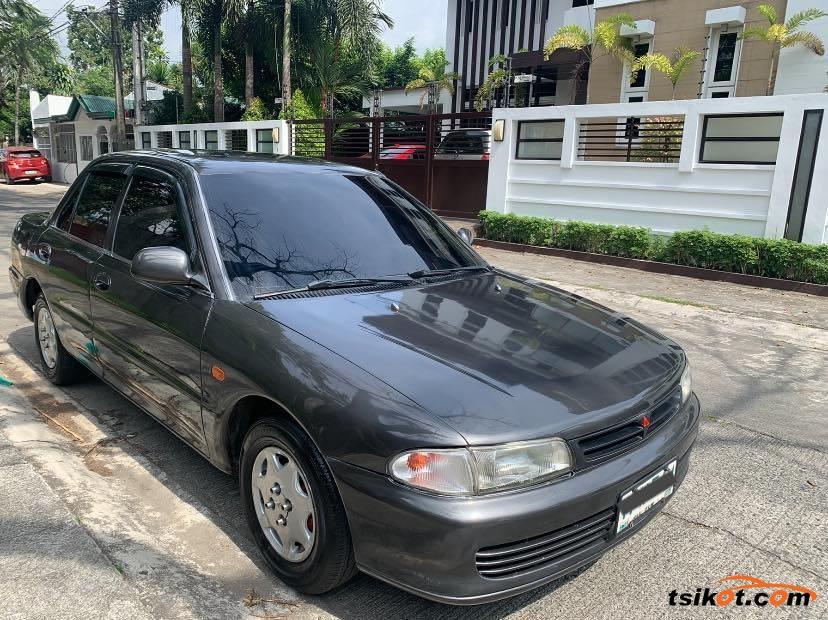 Mitsubishi Lancer 1994 - 1