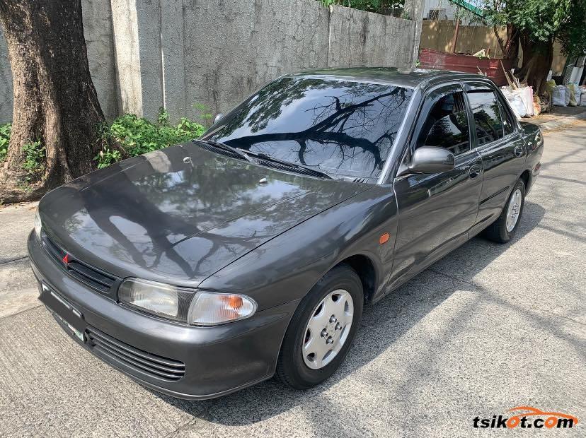 Mitsubishi Lancer 1994 - 3