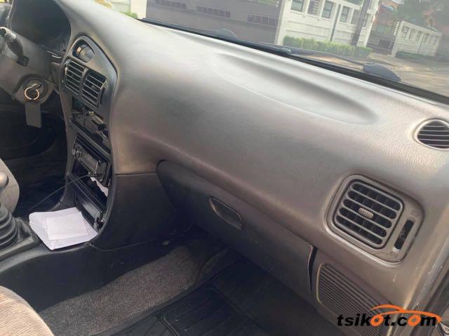 Mitsubishi Lancer 1994 - 8