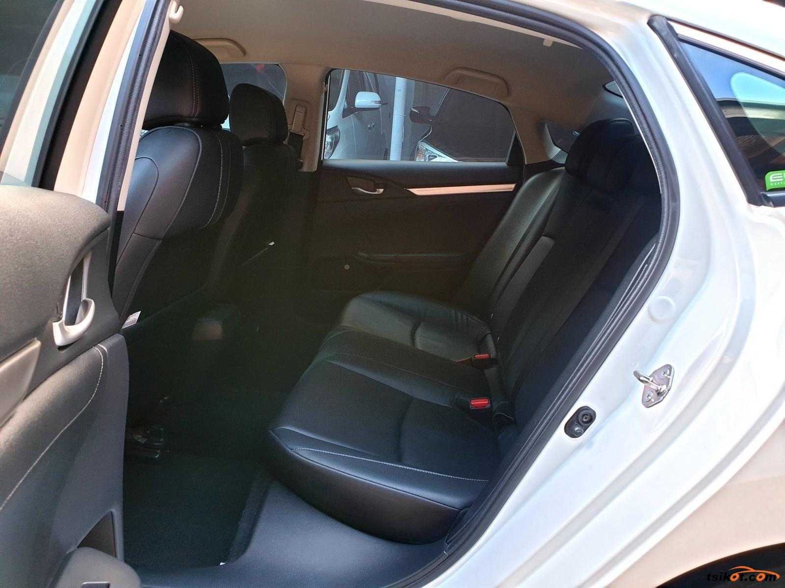 Honda Civic 2018 - 10