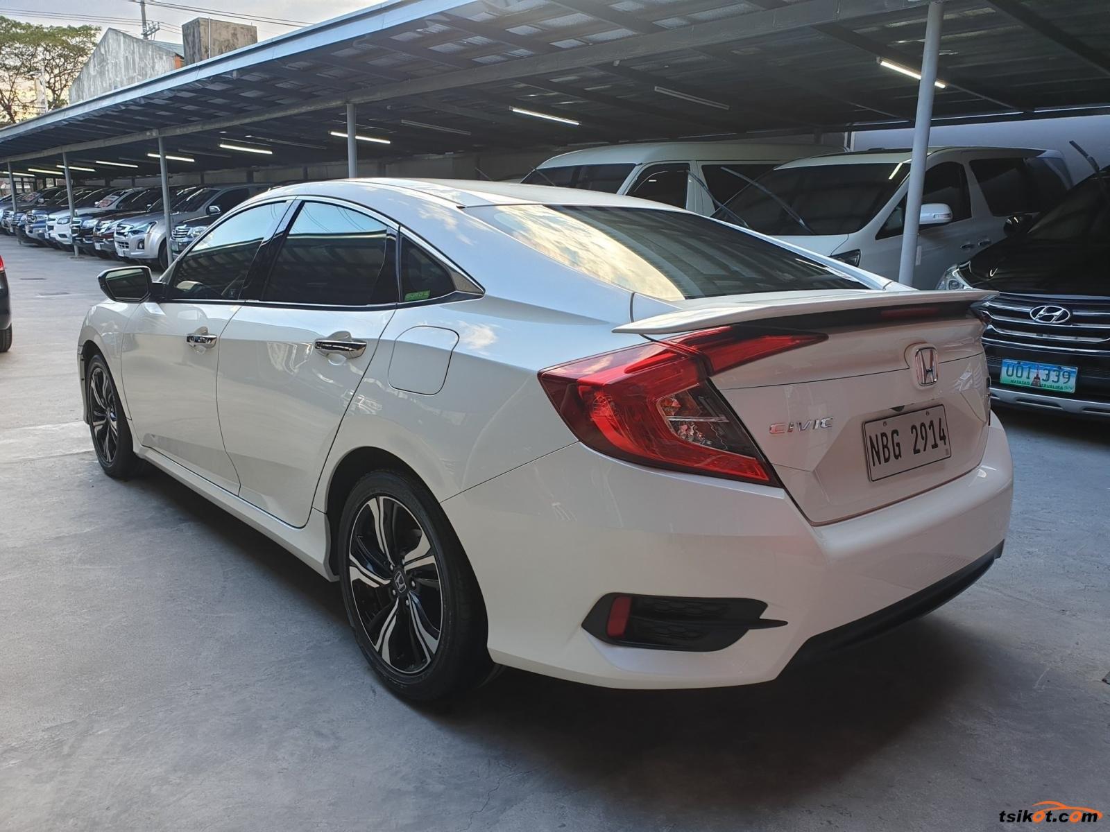 Honda Civic 2018 - 9