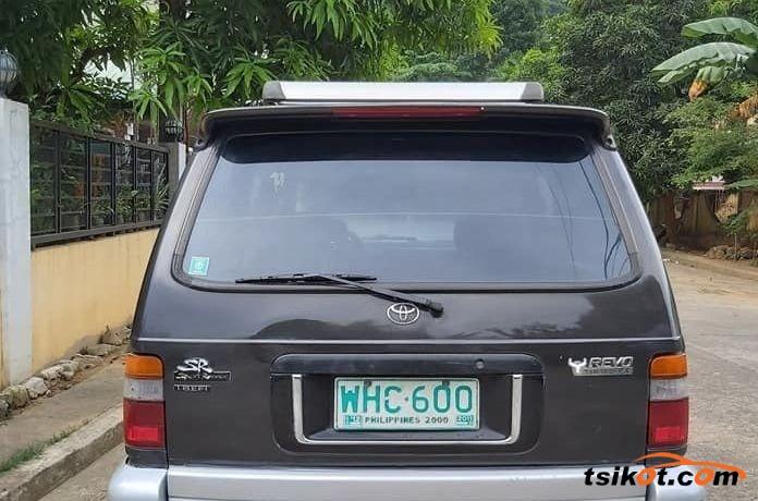 Toyota 4Runner 2000 - 2