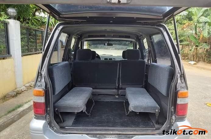 Toyota 4Runner 2000 - 3