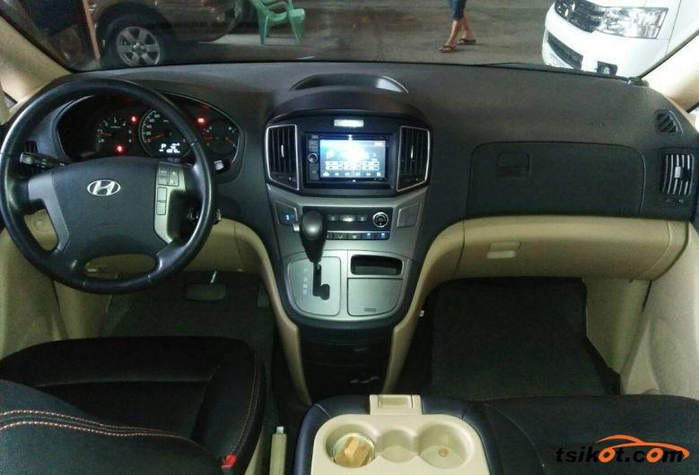 Hyundai Starex 2016 - 3