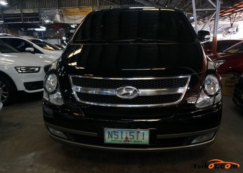 Hyundai Starex 2009 - 1