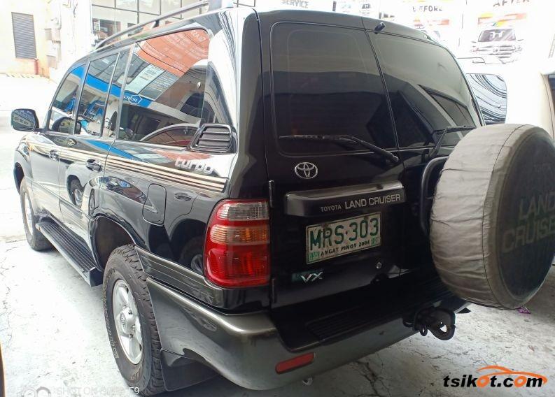 Toyota Land Cruiser 2000 - 5