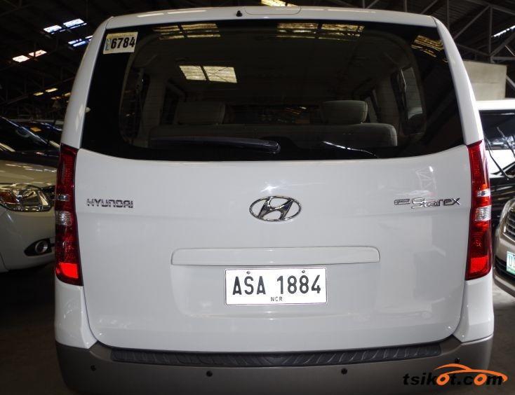 Hyundai Starex 2014 - 2