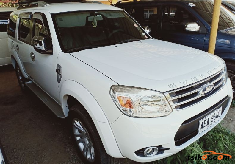 Ford Everest 2015 - 1