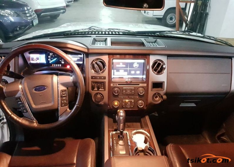 Ford Expedition 2016 - 3