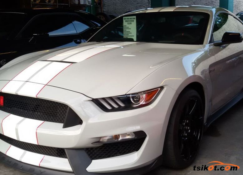 Ford Mustang 2018 - 1