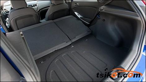Hyundai Eon 2012 - 2