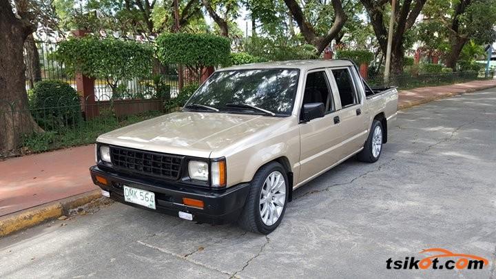 Mitsubishi L-200 1994 - 2