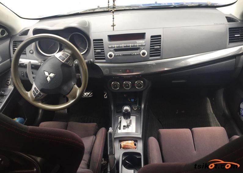 Mitsubishi Lancer 2012 - 3