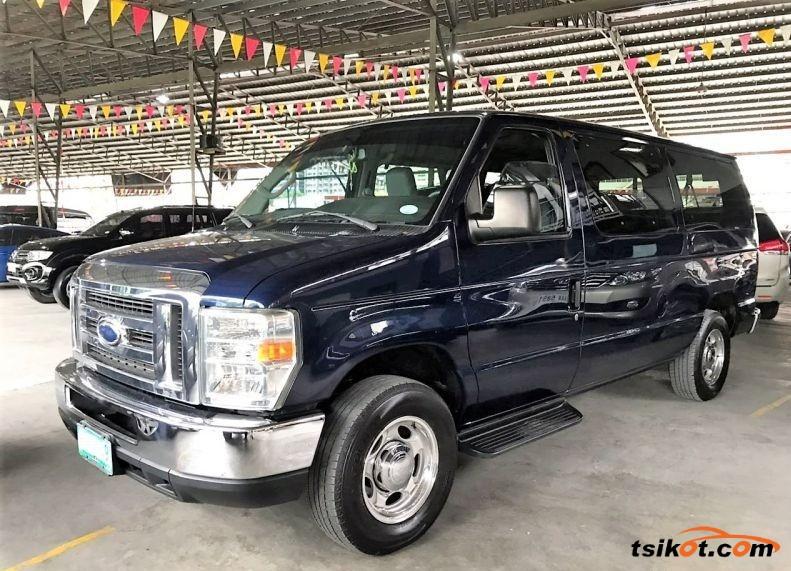 Ford E-150 2011 - 1