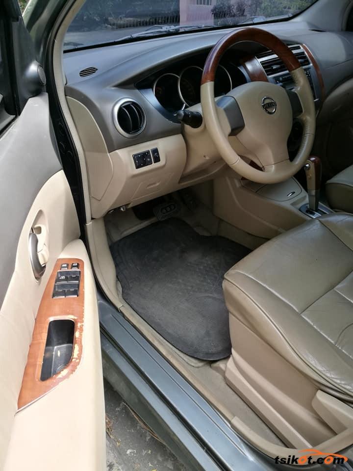 Nissan Grand Livina 2009 - 4