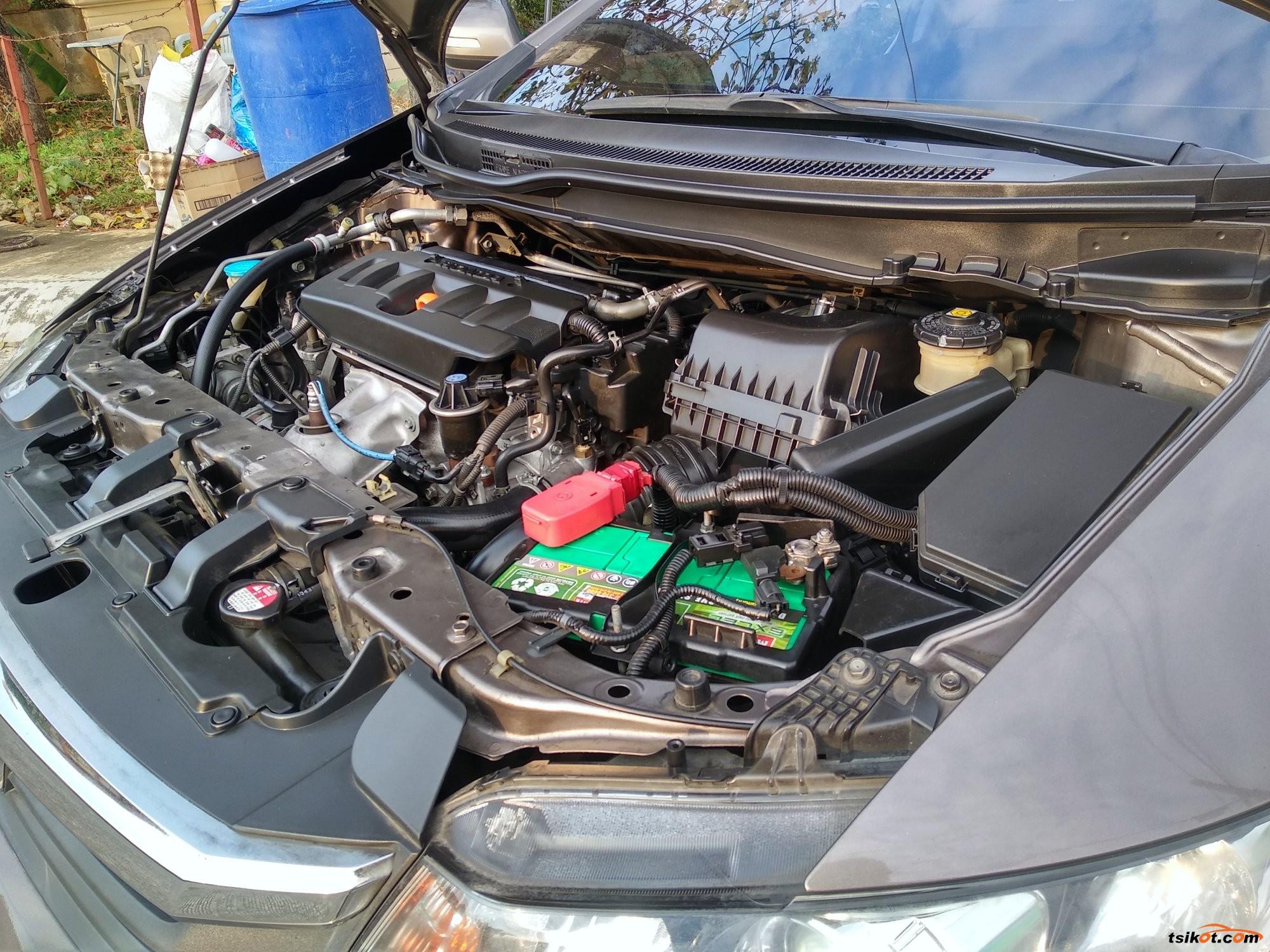 Honda Civic 2012 - 10