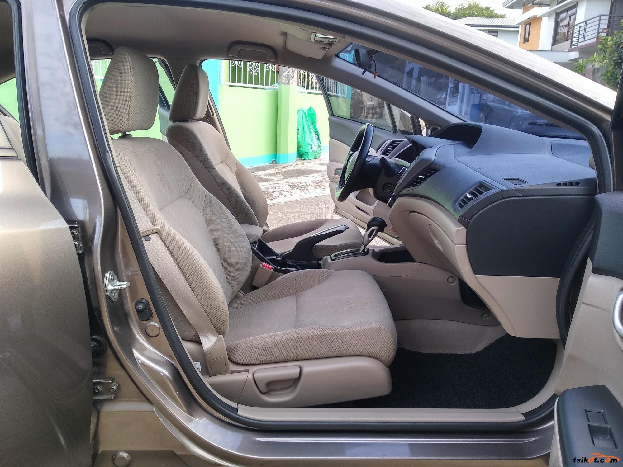 Honda Civic 2012 - 6