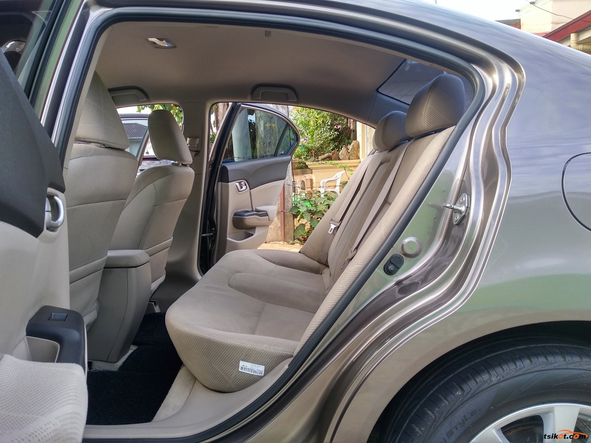 Honda Civic 2012 - 9