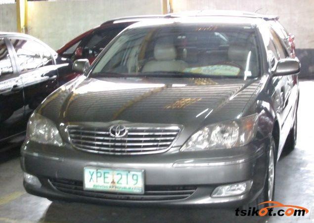 Toyota Camry 2004 - 1
