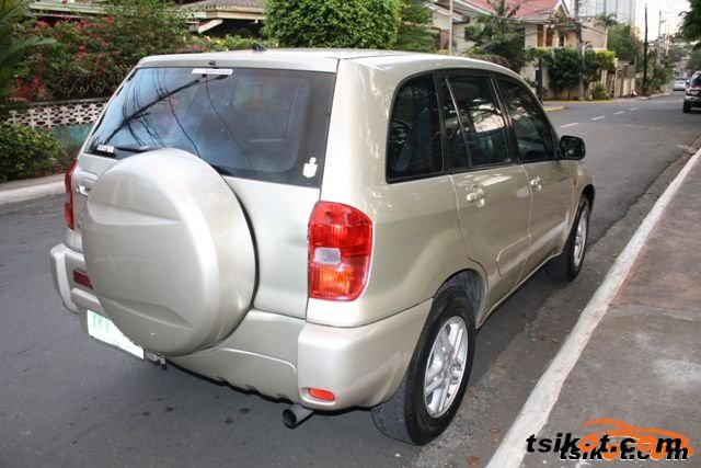 Toyota Rav4 2004 - 2