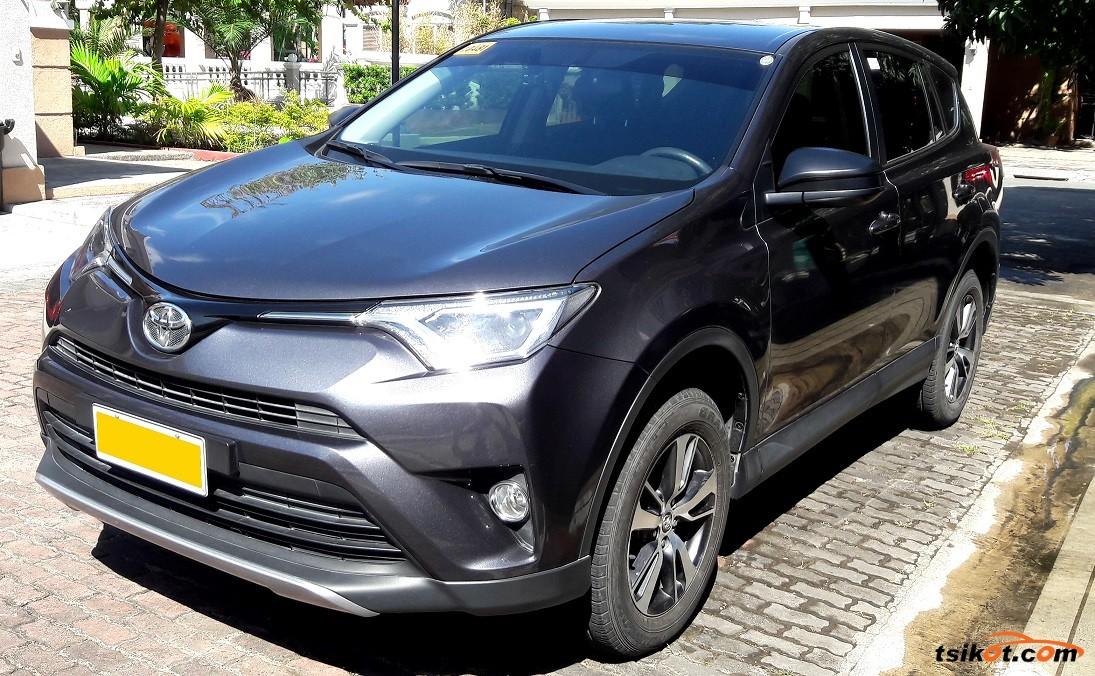 Toyota Rav4 2017 - 1