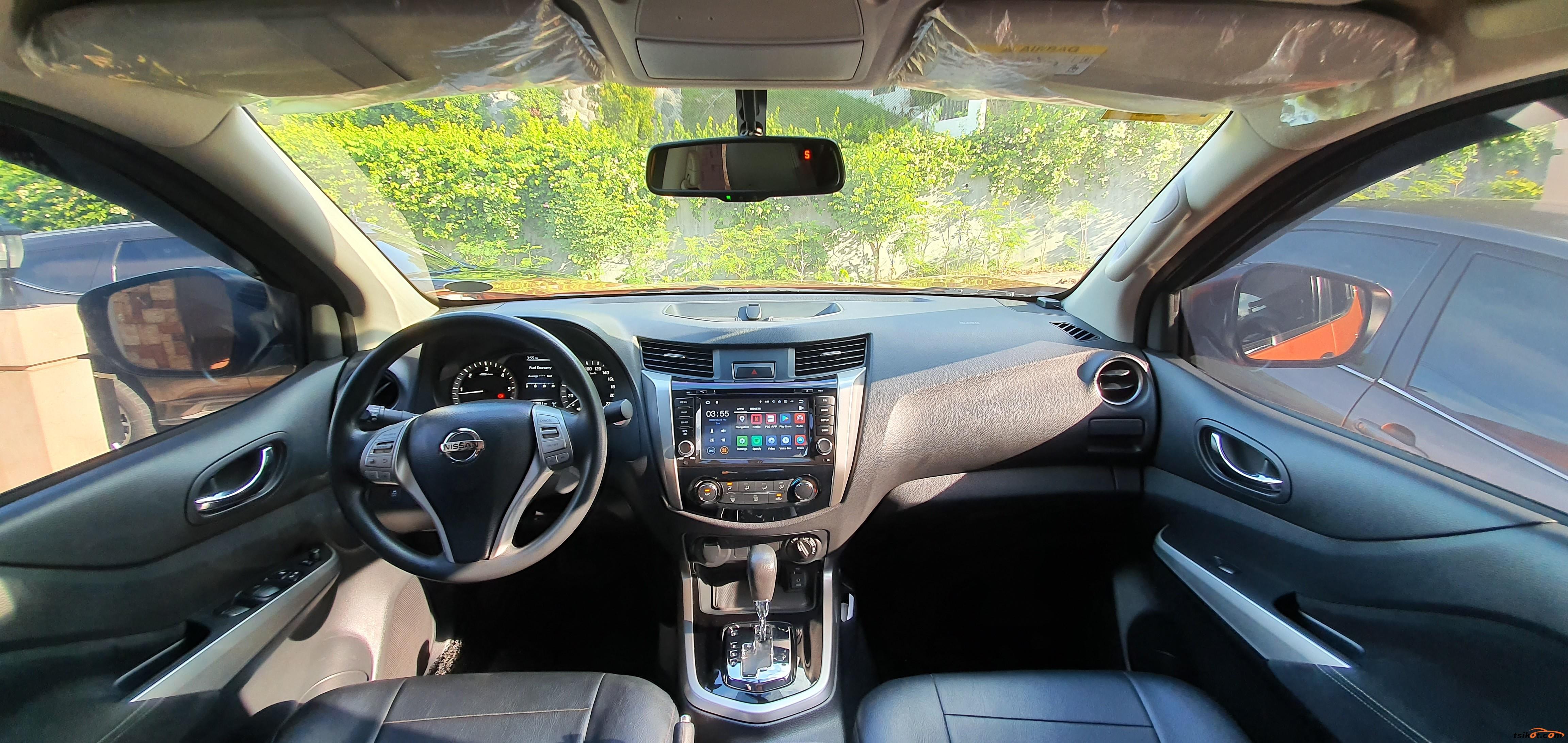 Nissan Np300 2015 - 4
