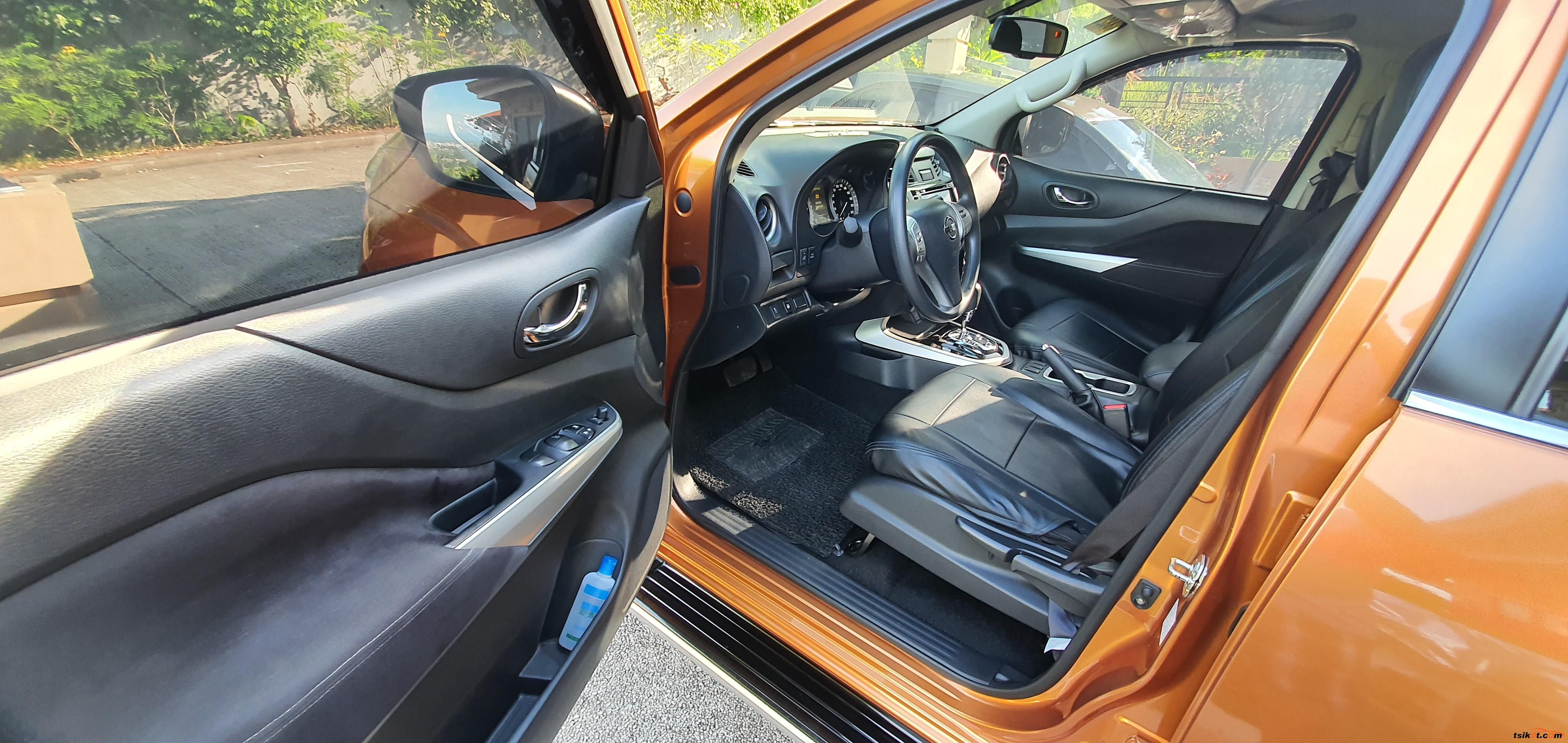Nissan Np300 2015 - 5