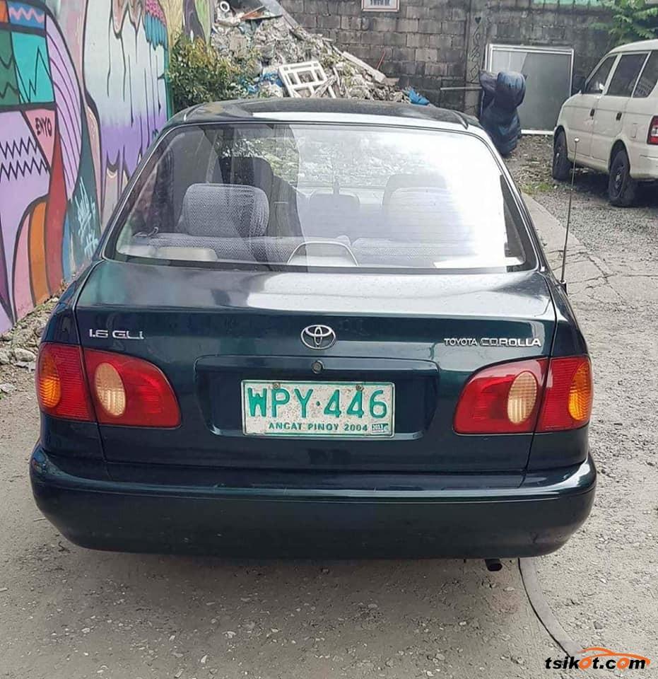Toyota Corolla 2000 - 3