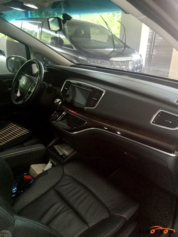 Honda Odyssey 2015 - 4