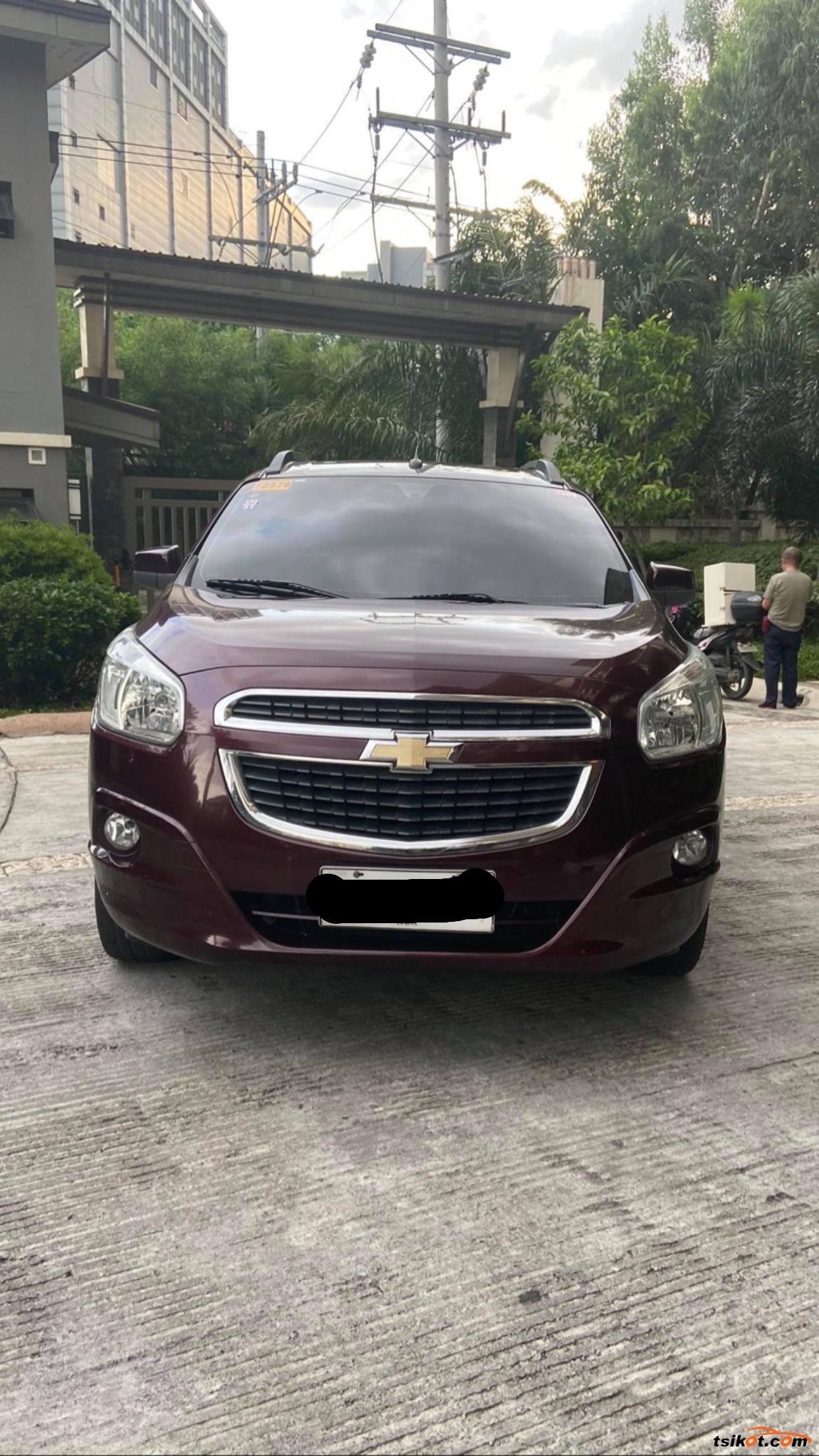 Chevrolet Spin 2015 - 3