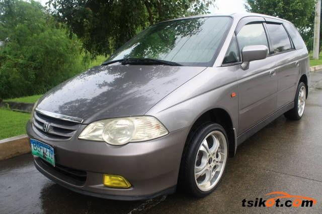 Honda Odyssey 2010 - 1
