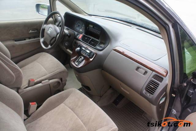 Honda Odyssey 2010 - 3