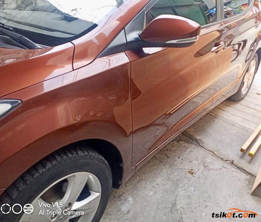Hyundai Elantra 2013 - 8