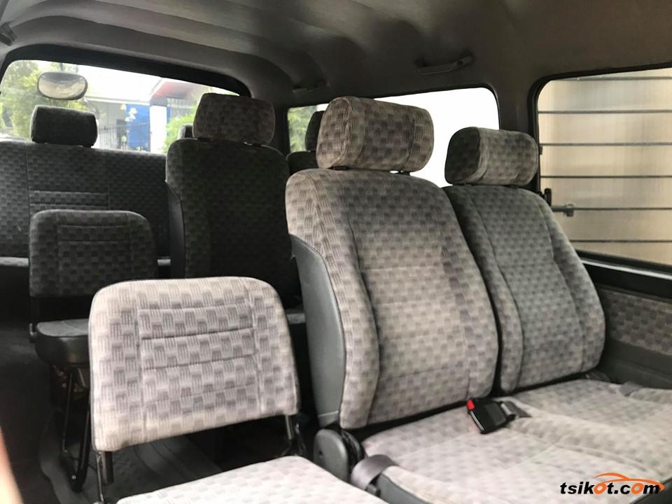 Nissan Urvan 2006 - 5
